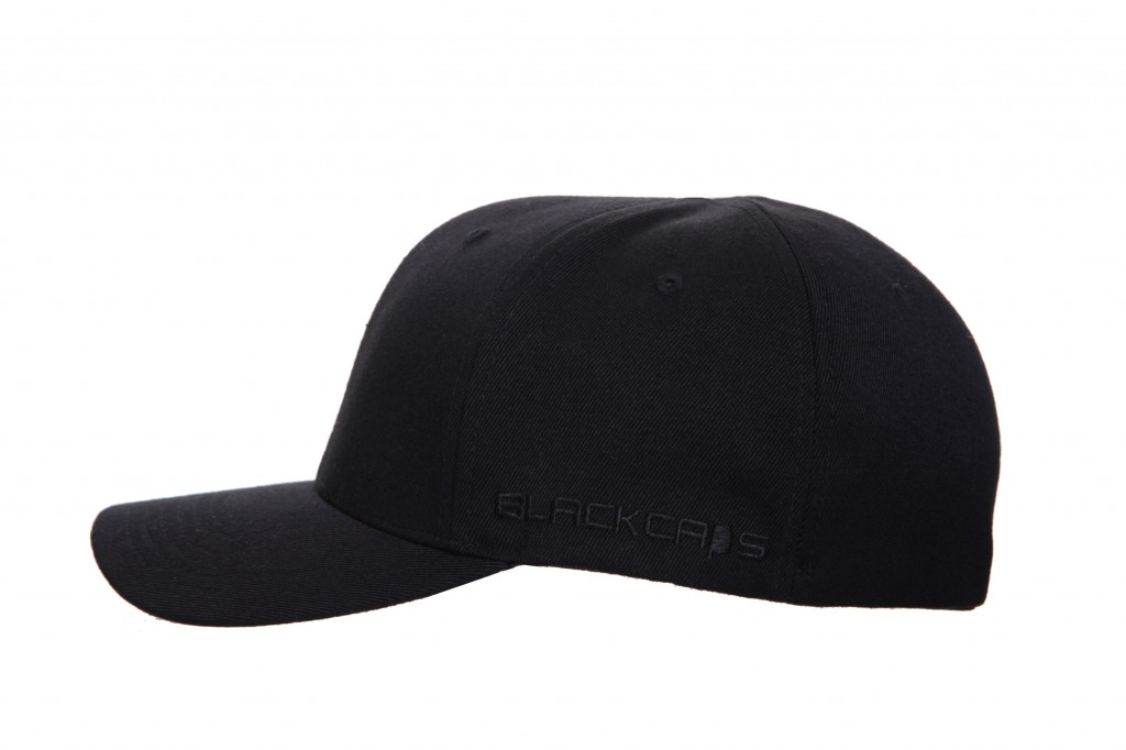 479ae959b ... Cap THE BREAKDANCER – No Top Button – Curved Peak Flexfit Fitted  Baseball ...
